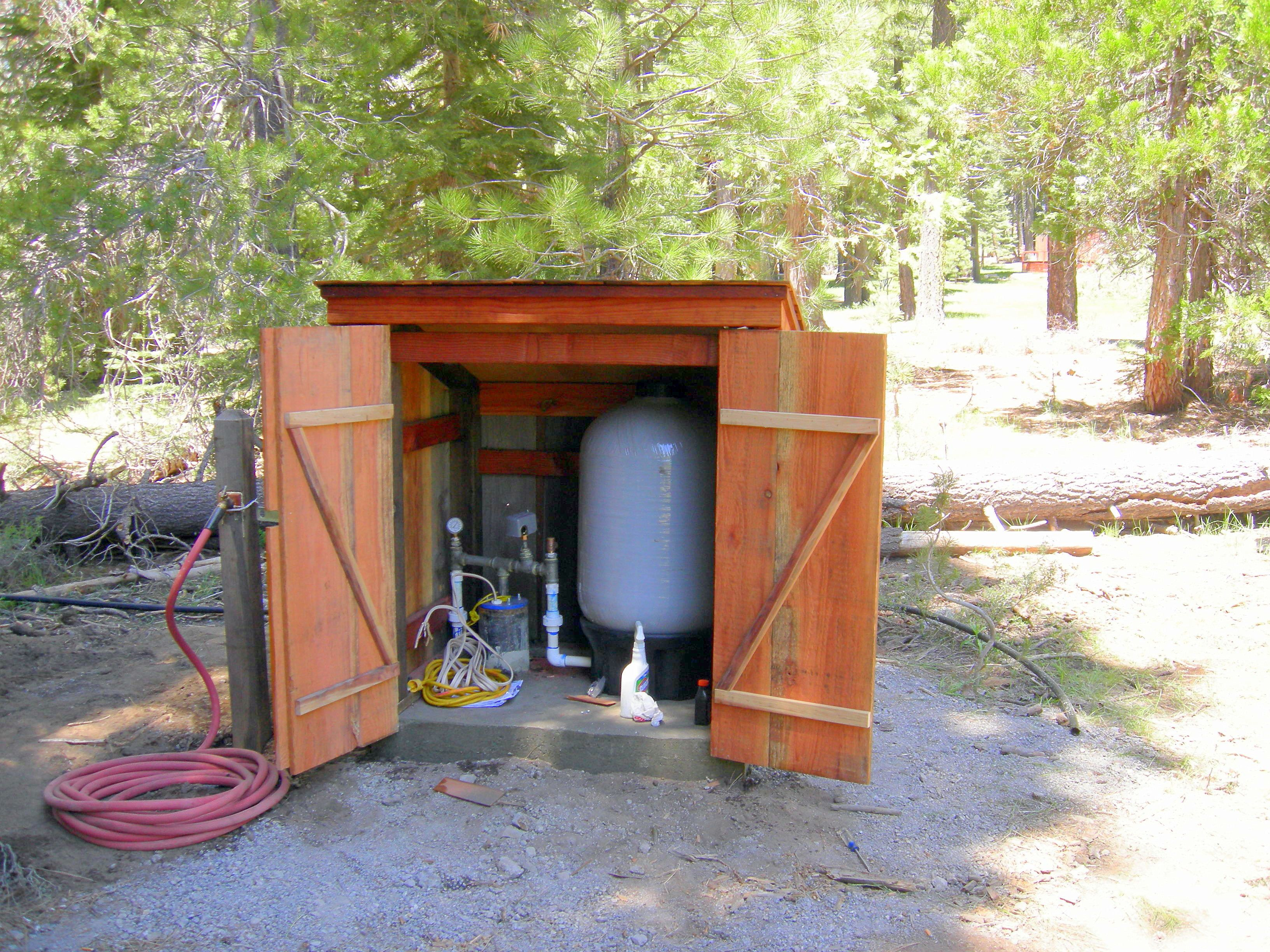 34 Well House Ideas Pump House Well Pump Water Well House