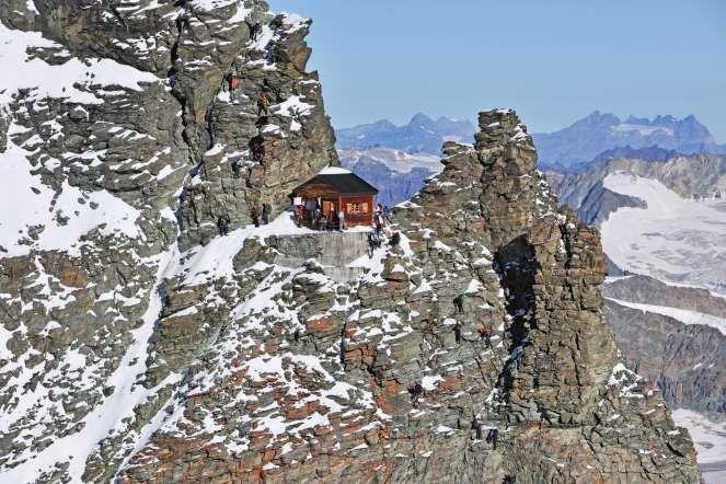 Solvay Hut, Matterhorn, Valais, Switzerland - Robert ...