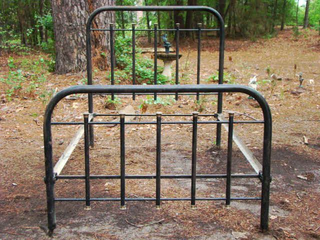 Antique Iron Bed Circa 1900 15 Capped Tube With Brass