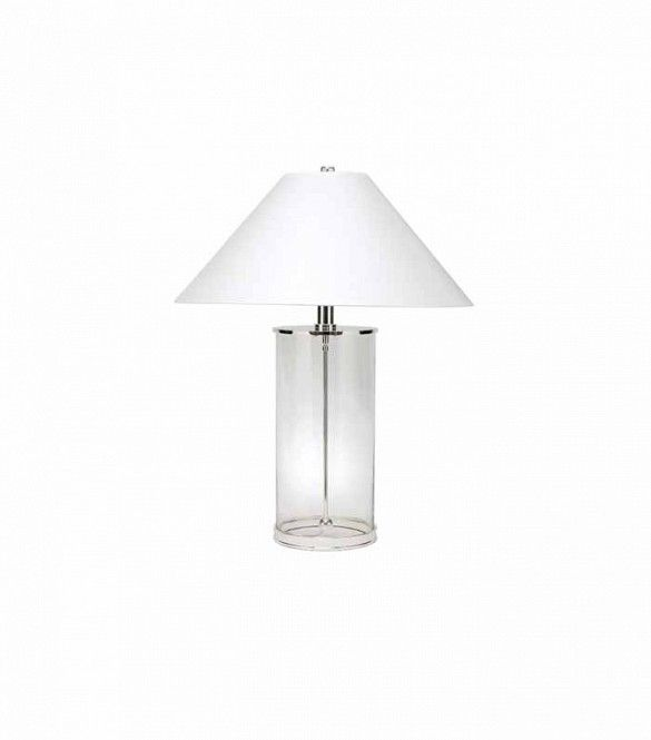 This Designer Specializes In All White Interiors Here S Her Best Tips Modern Table Lamp White Houses White Interior Design