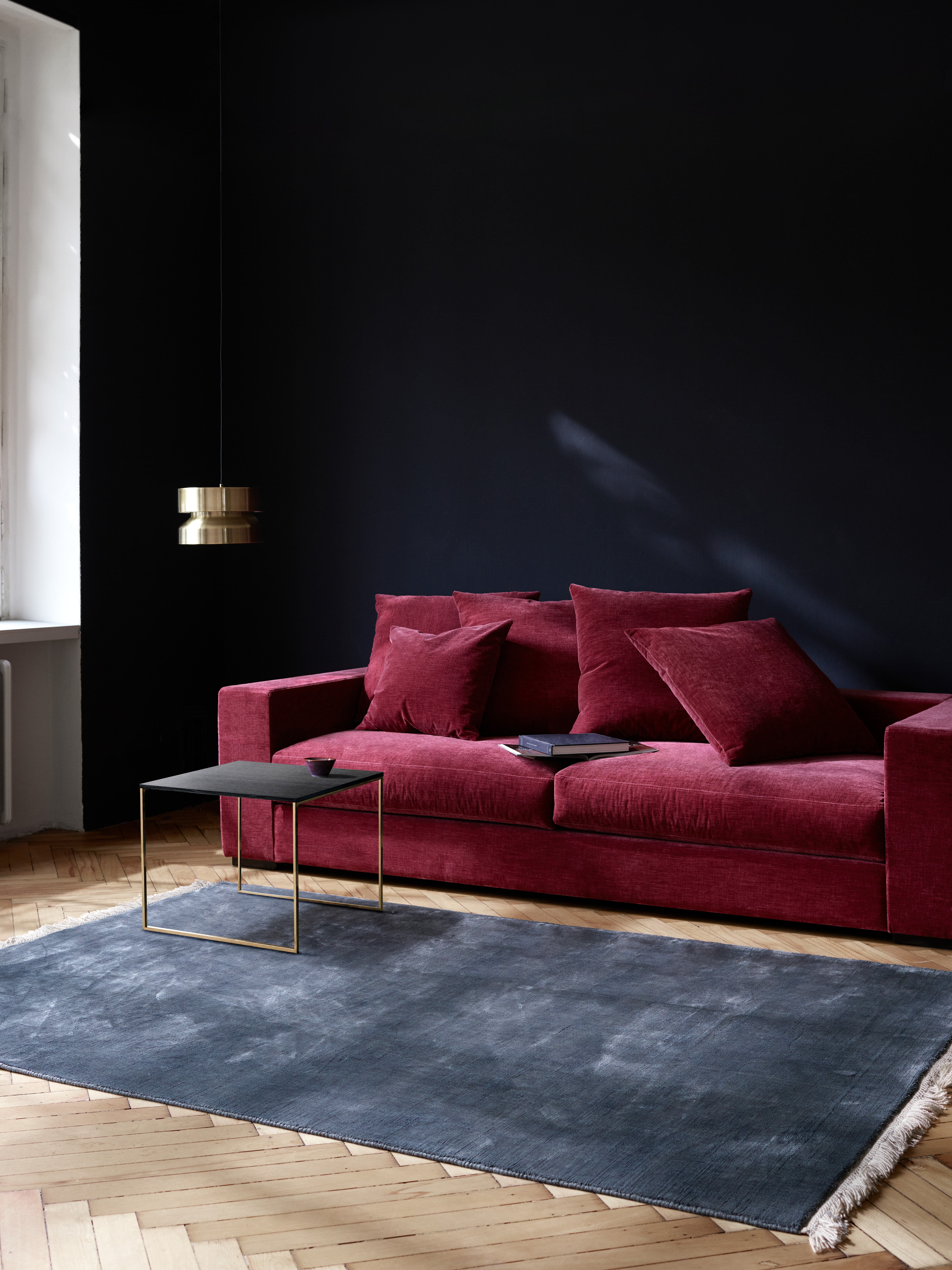 Cenova Sofa mit Lugo Couchtisch boconcept