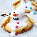 Melting snowman biscuits | BBC Good Food
