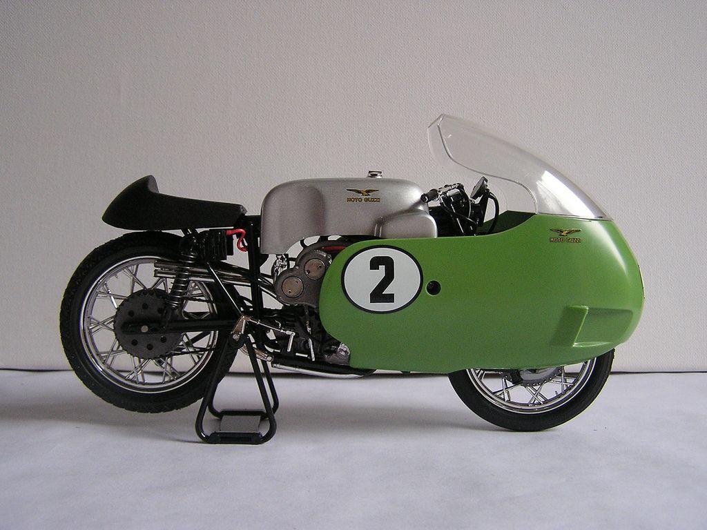 moto guzzi 500 V8 protar 1/9   レーシングバイク, モトグッツィ ...