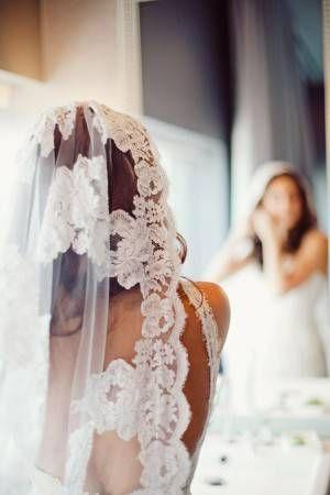 How to wear a mantilla veil