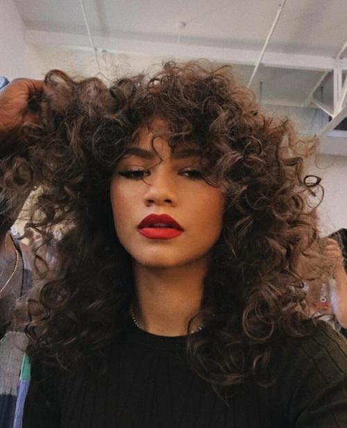 2 Tumblr Zendaya Hair Curly Hair Styles Curly Hair Styles Naturally