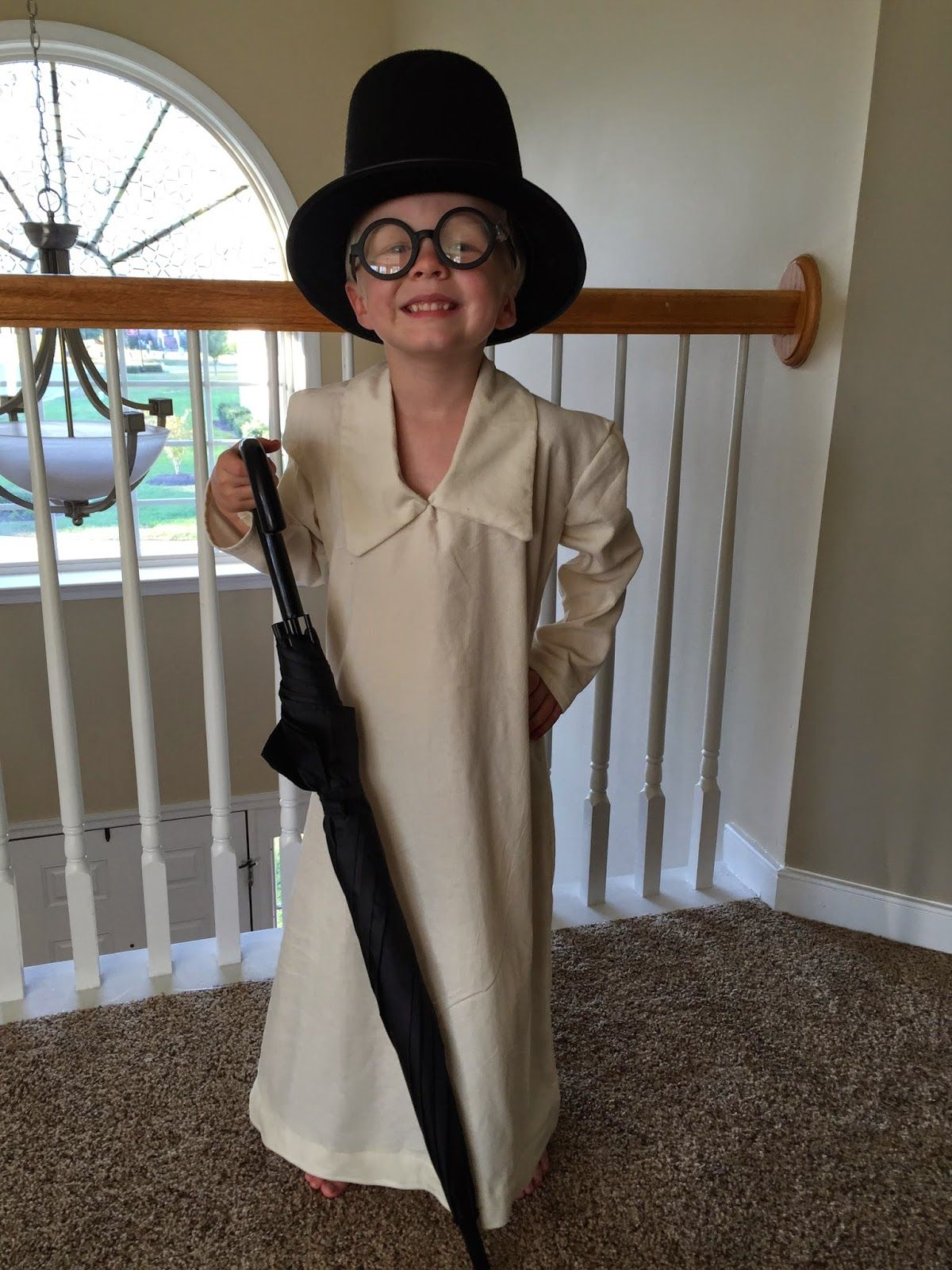 Peter Pan BUDGET JOHN includes Hat /& Glasses World Book Day Fancy Dress ALL AGES