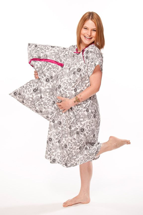 Gownies- designer hospital gown with front and back snaps,in 100 ...