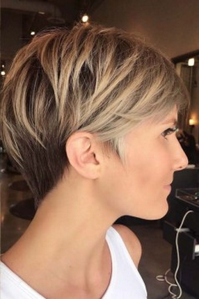 43 Modern Short Hairstyles For Women With Thick Hair Short Hairstyles Women In 2020 Thick Hair Styles Hair Styles Long Pixie Hairstyles