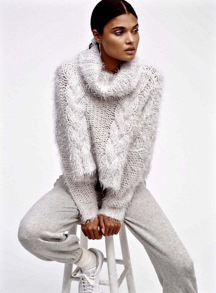 NEW Free People gray Chunky Fuzzy Cable Knit Turtleneck Crop Swing ...