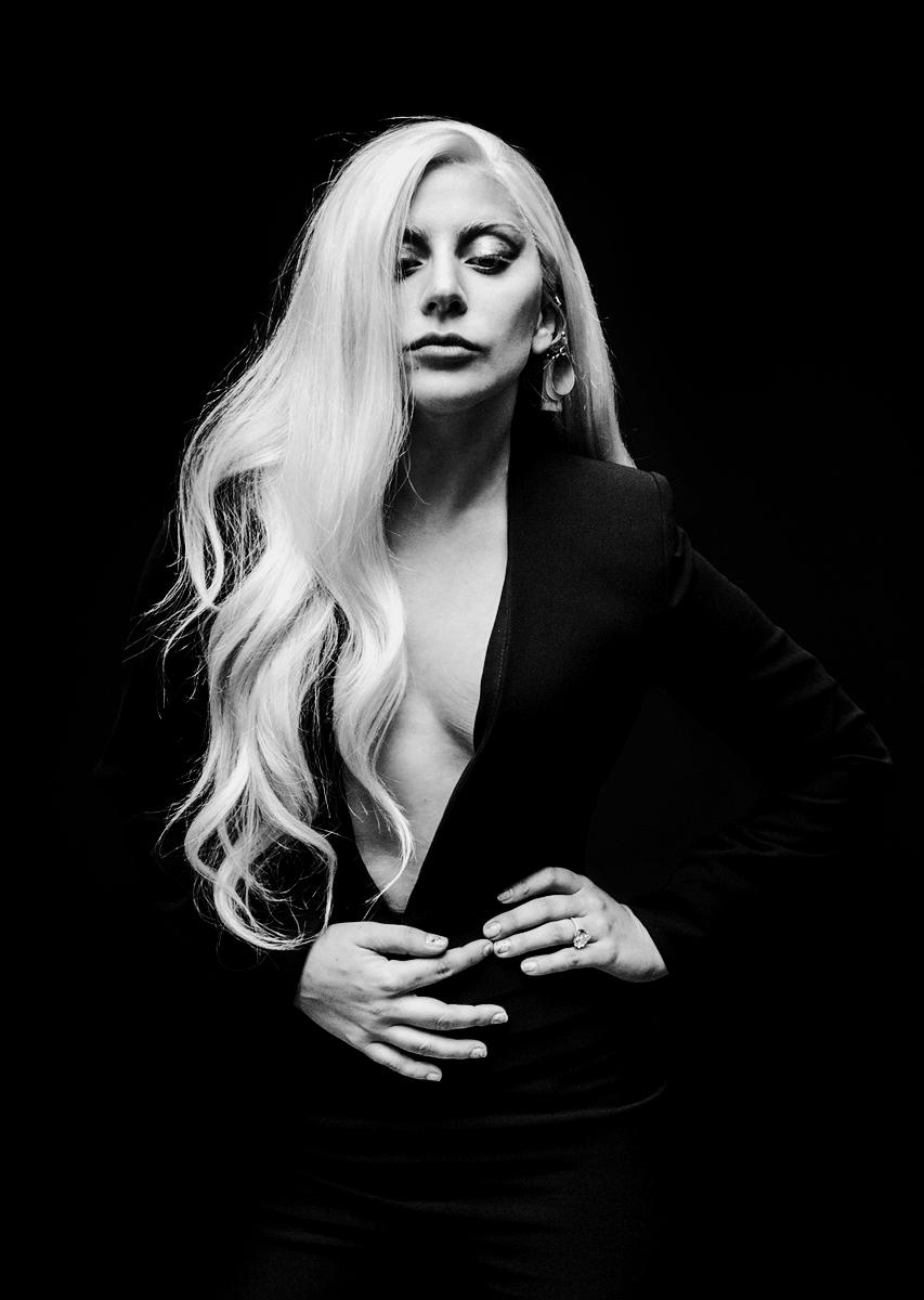 Image By Aaron Reyes On Lady Gaga In 2020 Lady Gaga Photoshoot