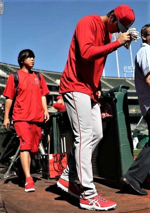 Shohei Ohtani in Angels' lineup vs. A's on Opening Day in ...