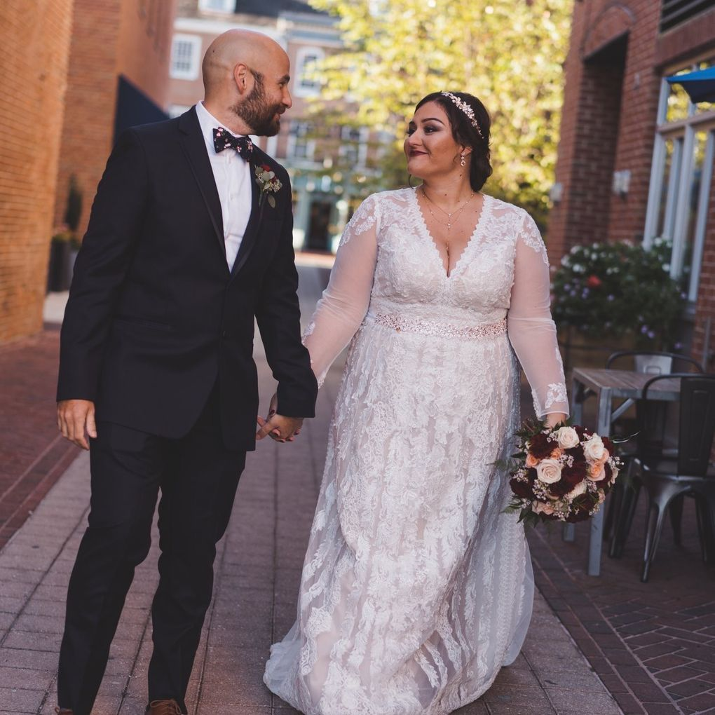 Plus Size Modest Wedding Dress With Floral Lace David S Bridal Modest Wedding Dresses Sweet Wedding Dresses Bridal Wedding Dresses [ 2295 x 1530 Pixel ]