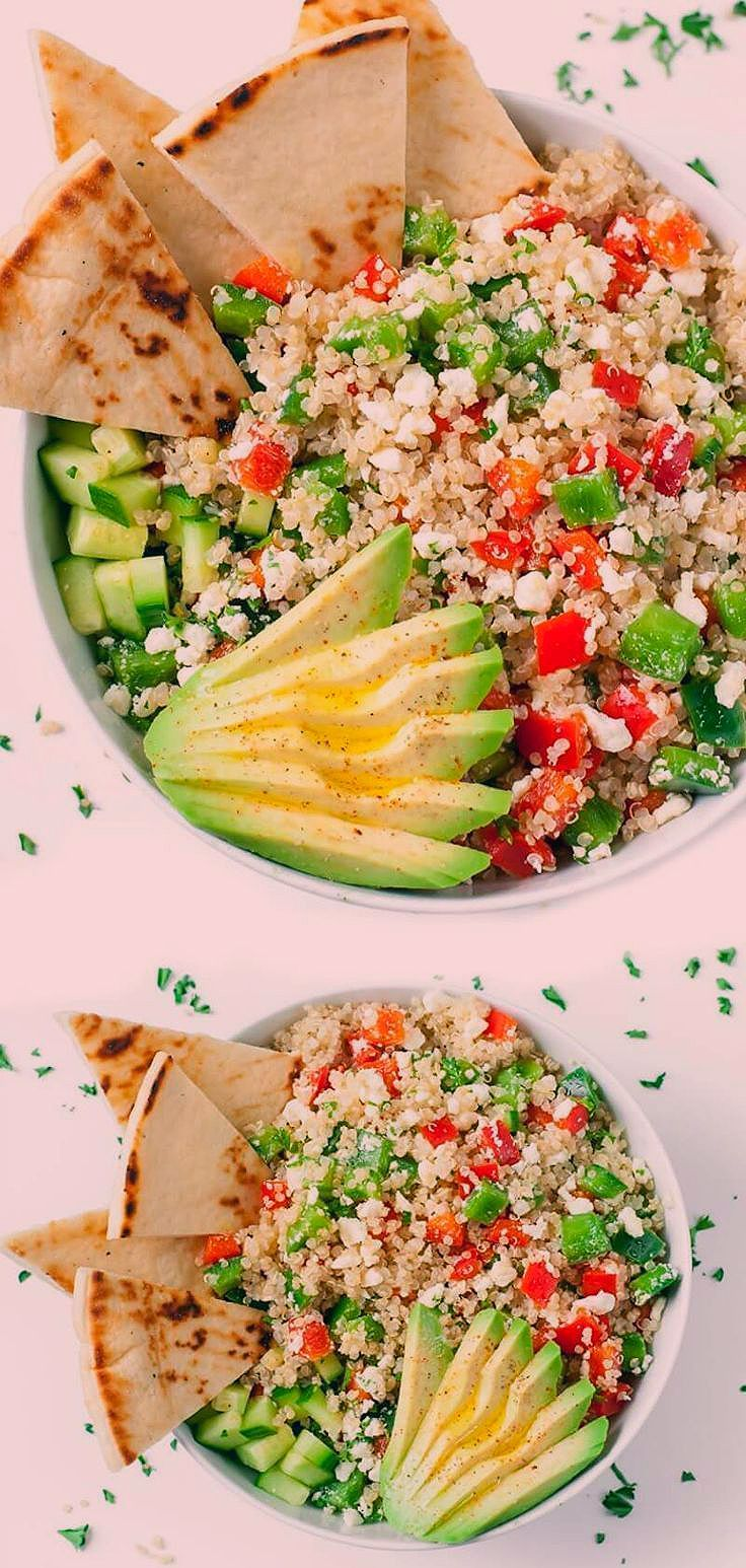These tasty vegetarian Greek Quinoa Bowls make healthy eating a breeze!