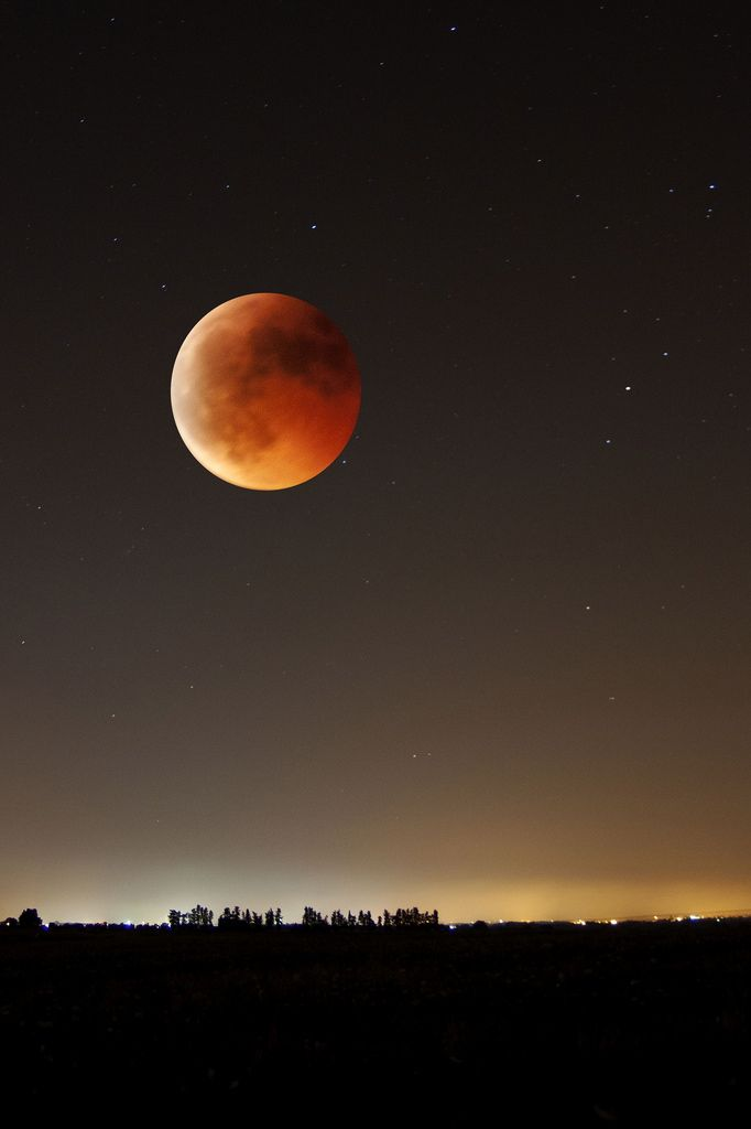 Eclipse Lunar                                                       …