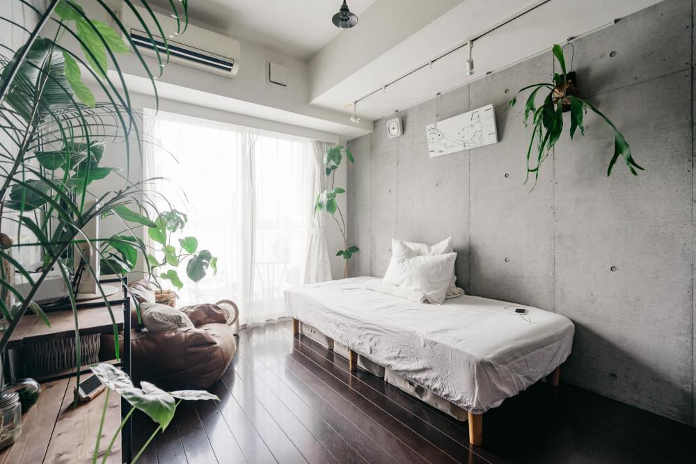 6畳1kの一人暮らし 家具やインテリアのレイアウトの基本まとめ Goodroom Journal 2020 インテリア シンプルなベッドルーム 部屋