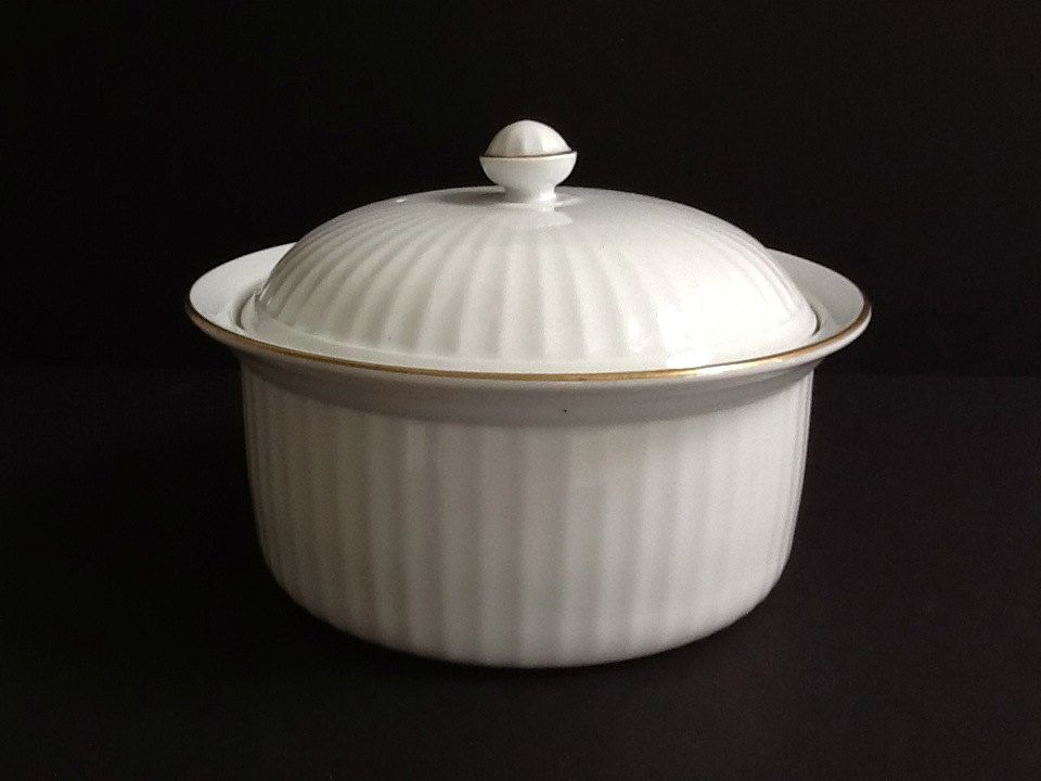 Royal Worcester White Lidded Casserole Dish, Corinth Gold, Large Round White Casserole, Gold Trim, Ribbed Sides, Made in England by GentlyKept on Etsy