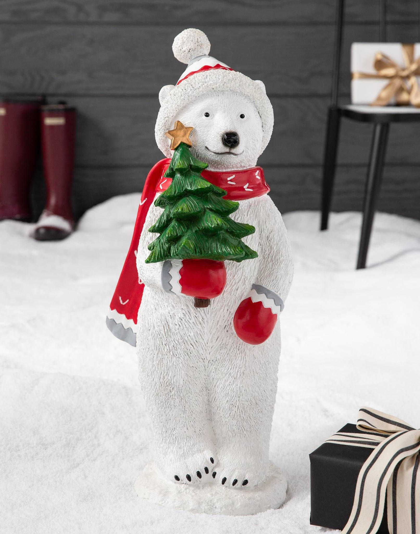 Outdoor Polar Bear Pals Holiday Decorating Ideas Outdoor