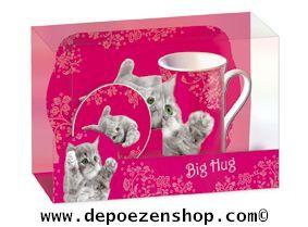 Mugs with cats in The Cat Shop $7.99 www.depoezenshop.com