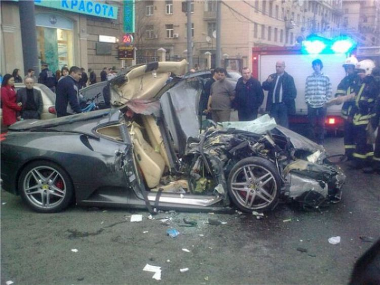 ferrari bad accident in russia more photos click on http