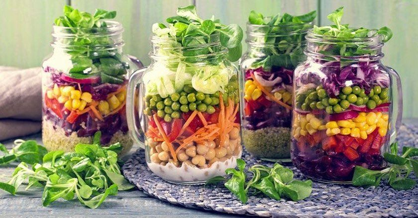 Try this Salad in a Jar recipe from @nutritionstudies Link in bio! 🌱😊🥗