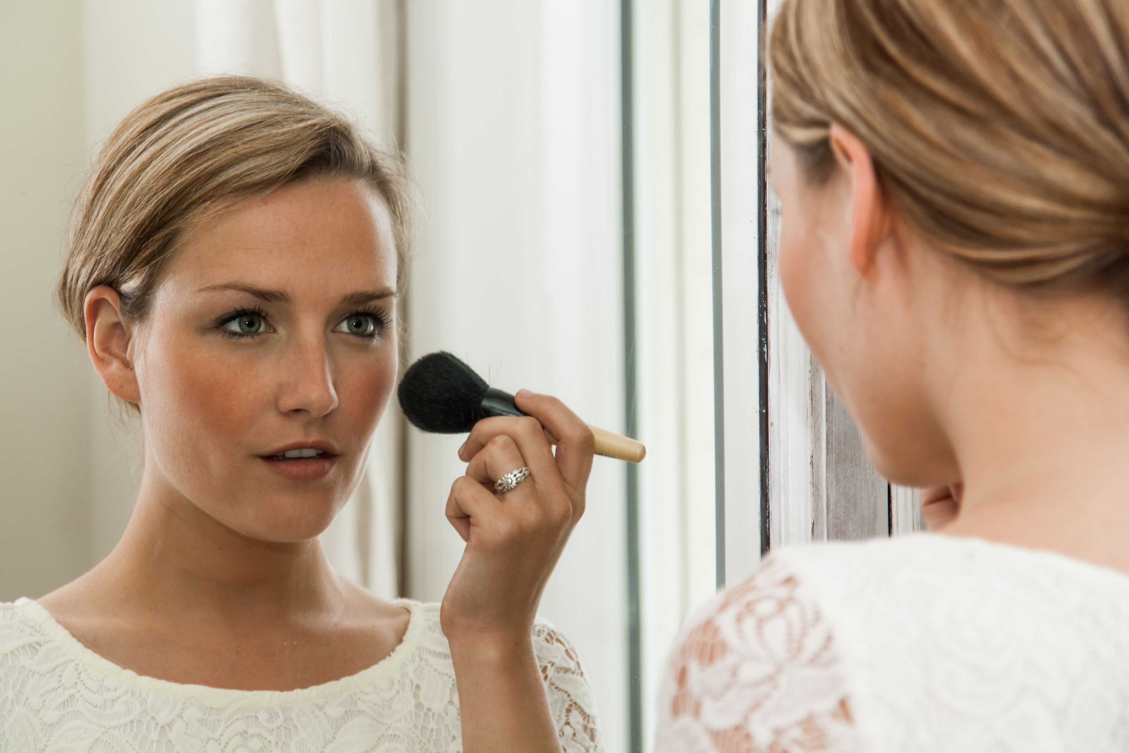 Slideshow: 11 Makeup and Beauty Tips For Women Over 11 – Page 11