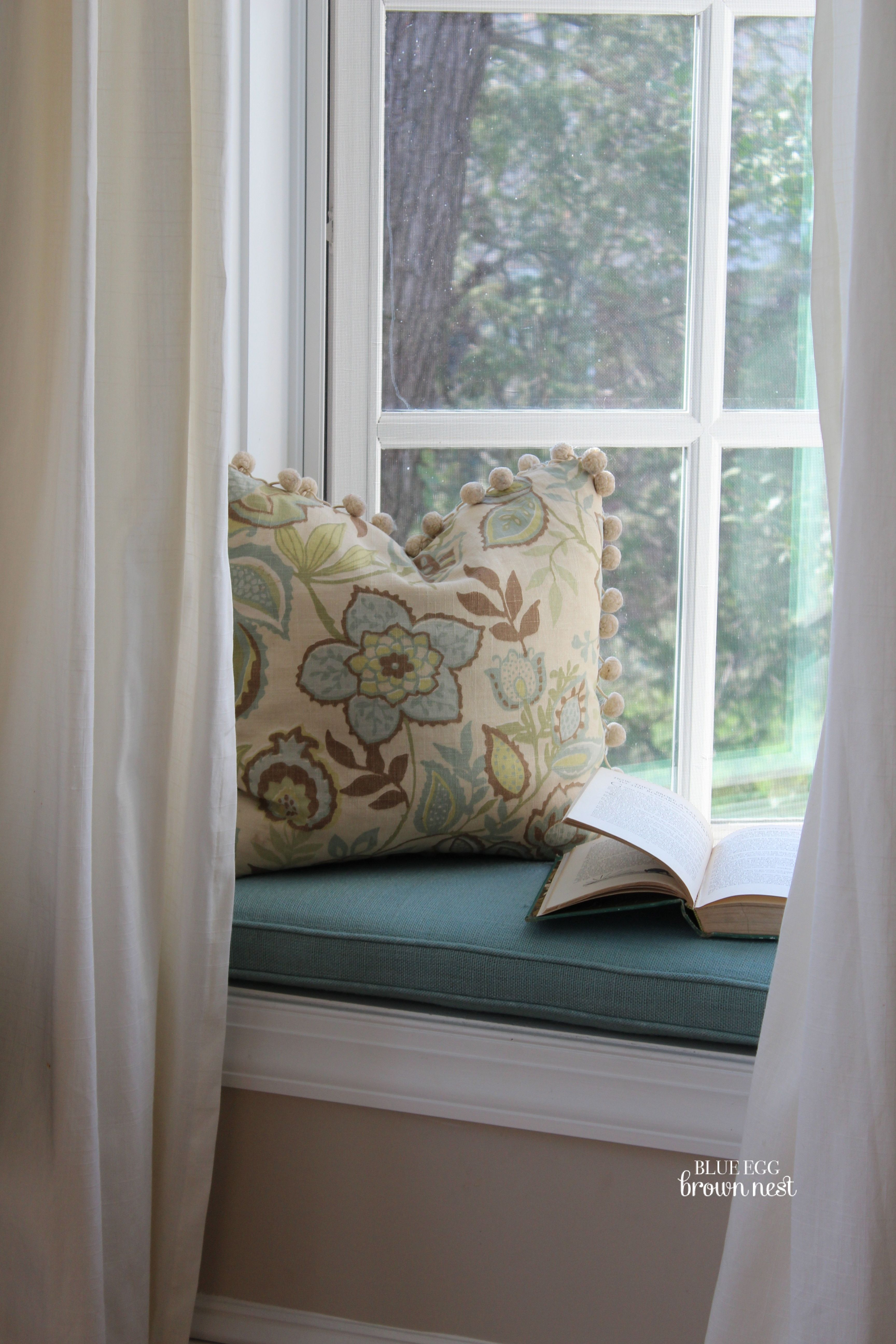 How to make bay window cushions - Cool Images About Window Seat Vignettes On Pinterest Window With Bay Window Seating