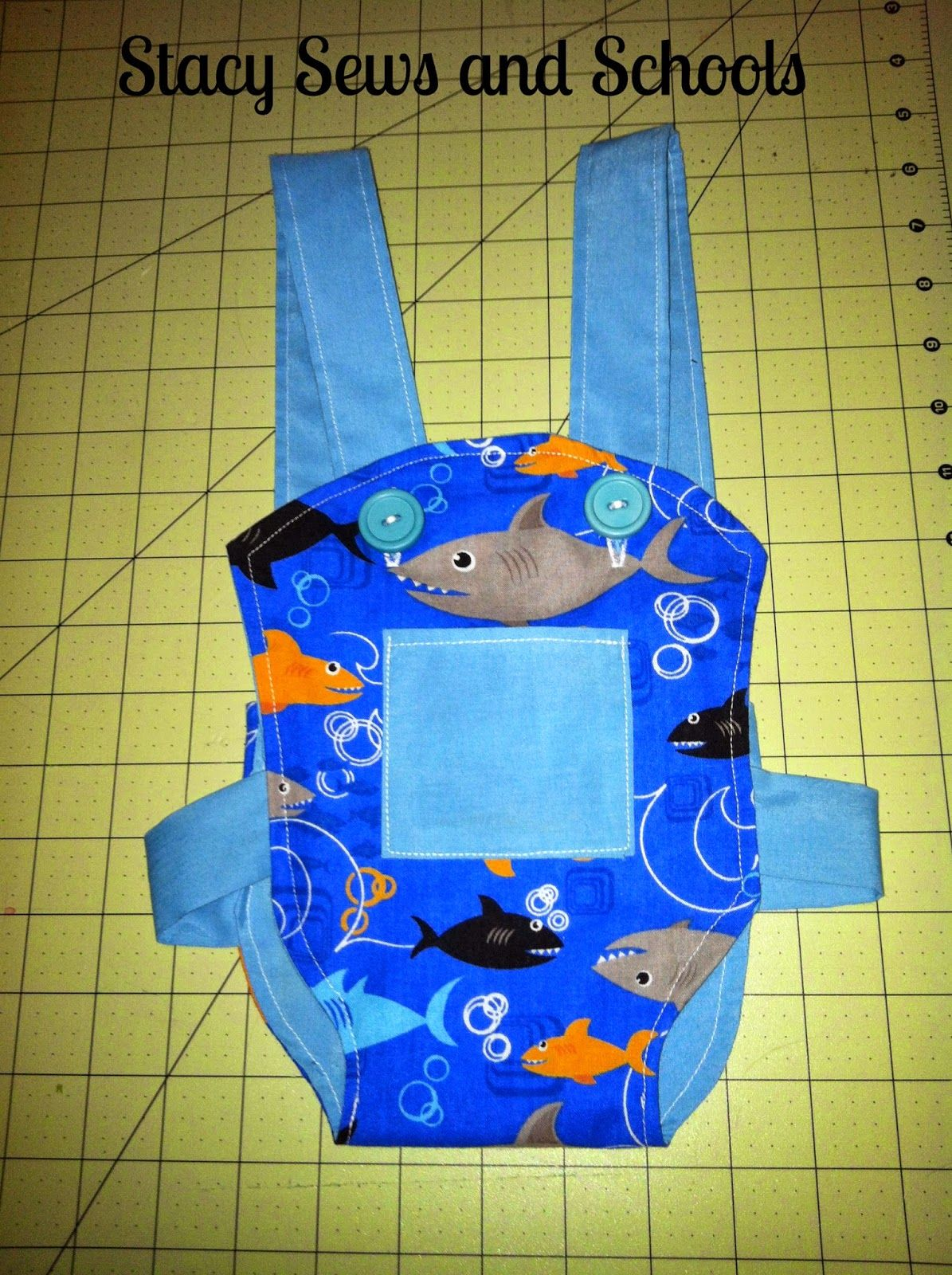 Stacy Sews and Schools: DIY Doll Carrier #dollaccessories