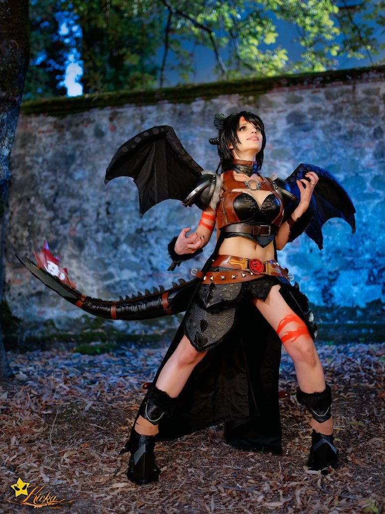Toothless - How To Train Your Dragon cosplay by ...