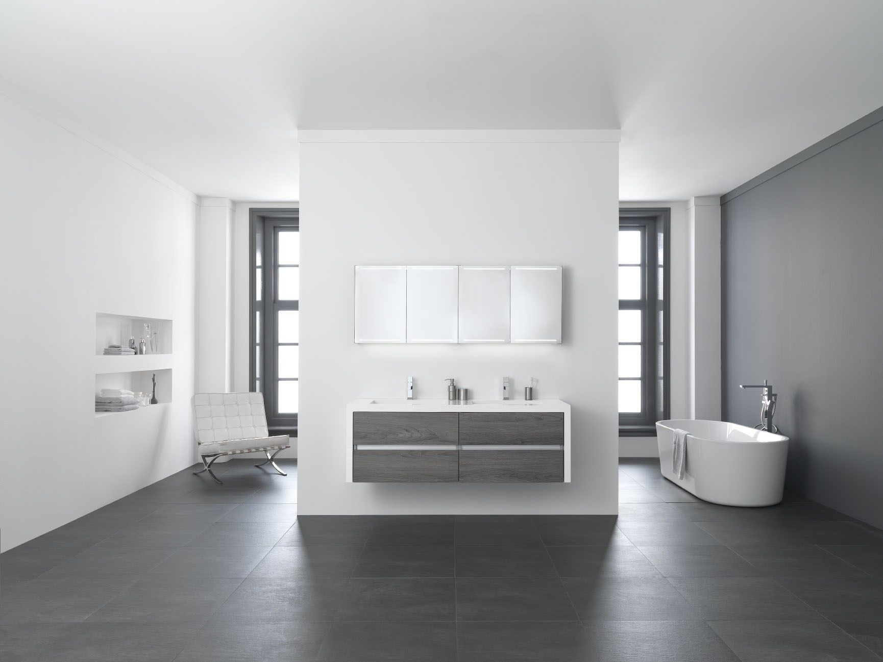Luxe spiegelkast van thebalux badkamermeubelen met led verlichting