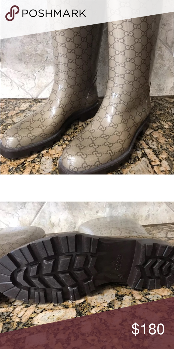 Gucci rainboots size 40 Great pair of Gucci rainboots size 40 us 10 no trades‼️no emails‼️🅿️🅿️ok serious buyers ‼️ Gucci Shoes Winter & Rain Boots