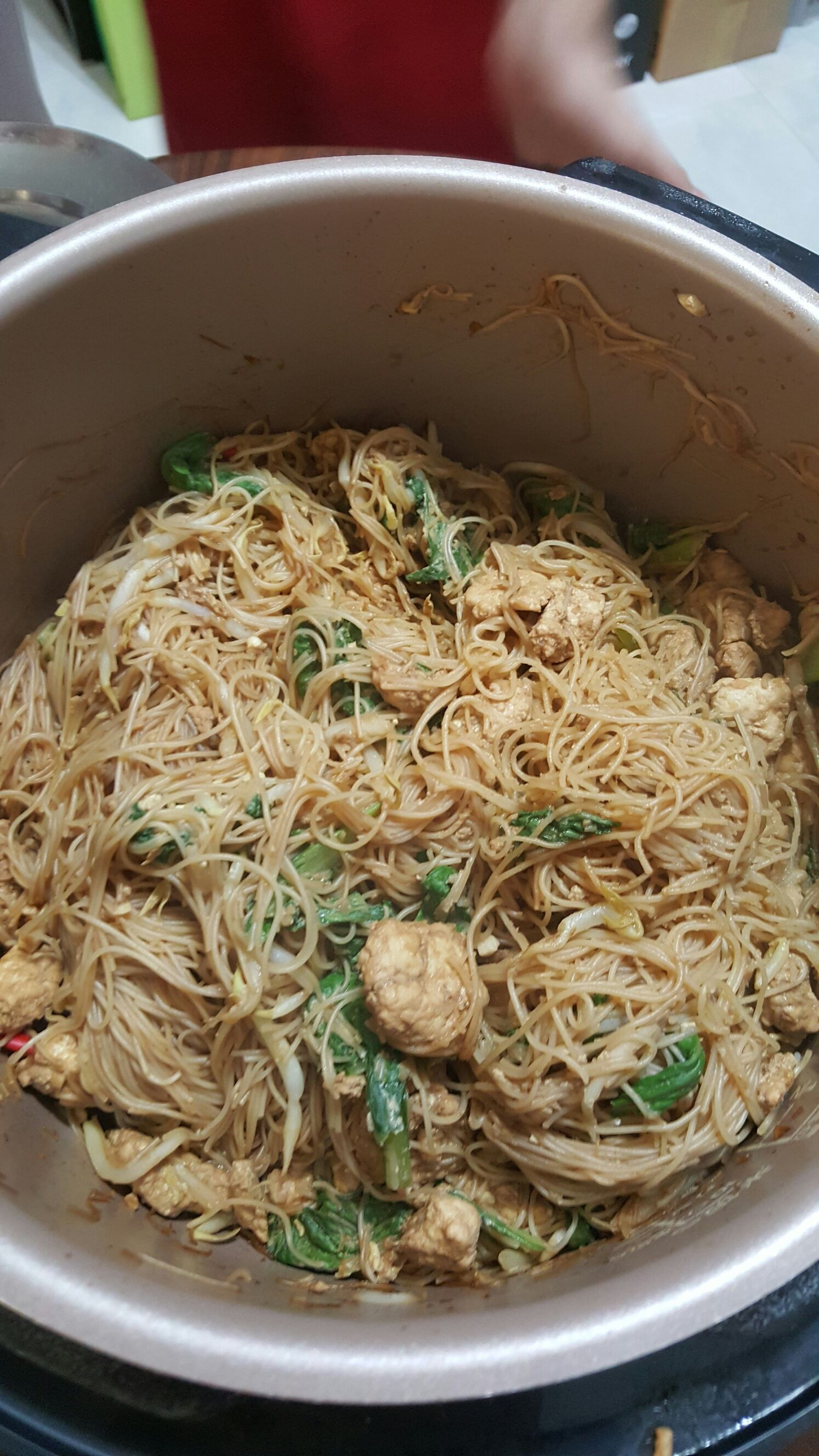 Fried bee hoon with philips pressure cooker 22 nov 2015 for Pressure cooker fish recipes