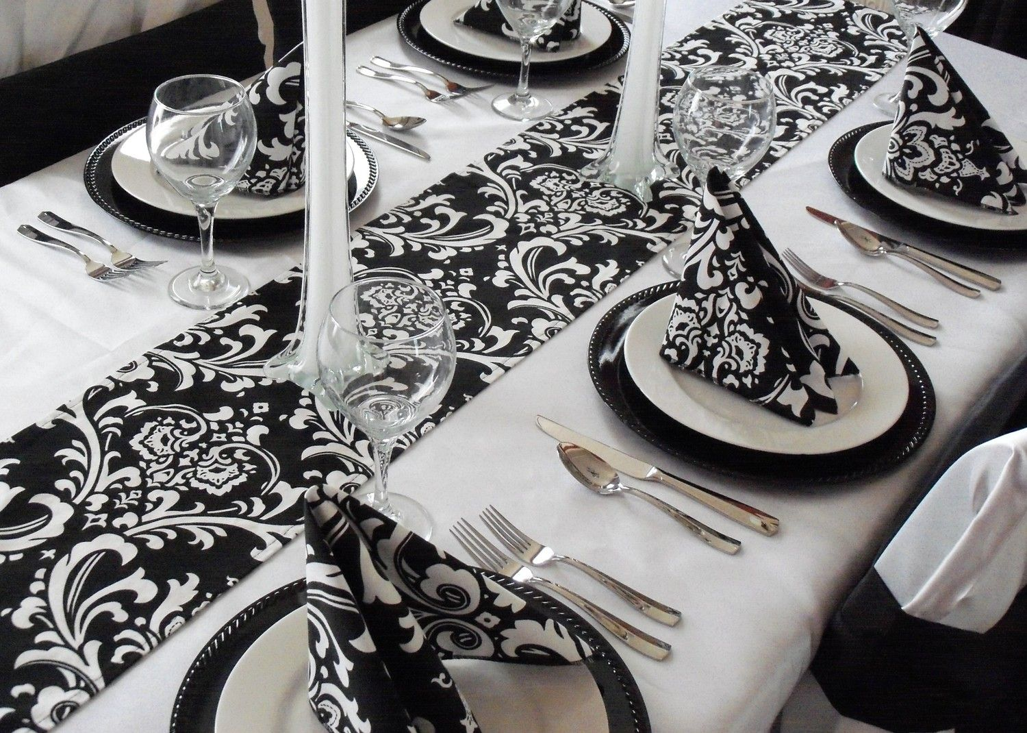 Damask Table Runner Black and White Wedding FREE SHIP 1600 via