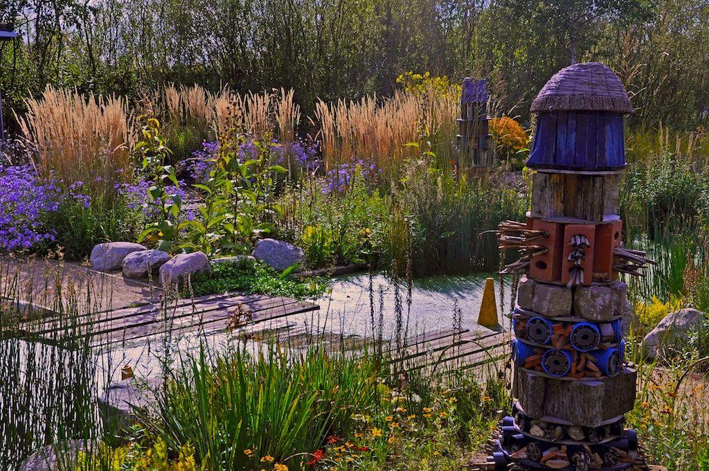Google Kuvahaun Tulos Kohteessa Http Www Nigeldunnett Info Londonwetlandcentreraingarden Files Da29552f Wetland Rain Garden Design Garden Design Rain Garden