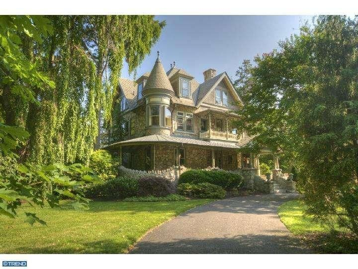 241 Kings Hwy W Haddonfield Nj 08033 Victorian Homes Fantasy House Old Victorian Homes