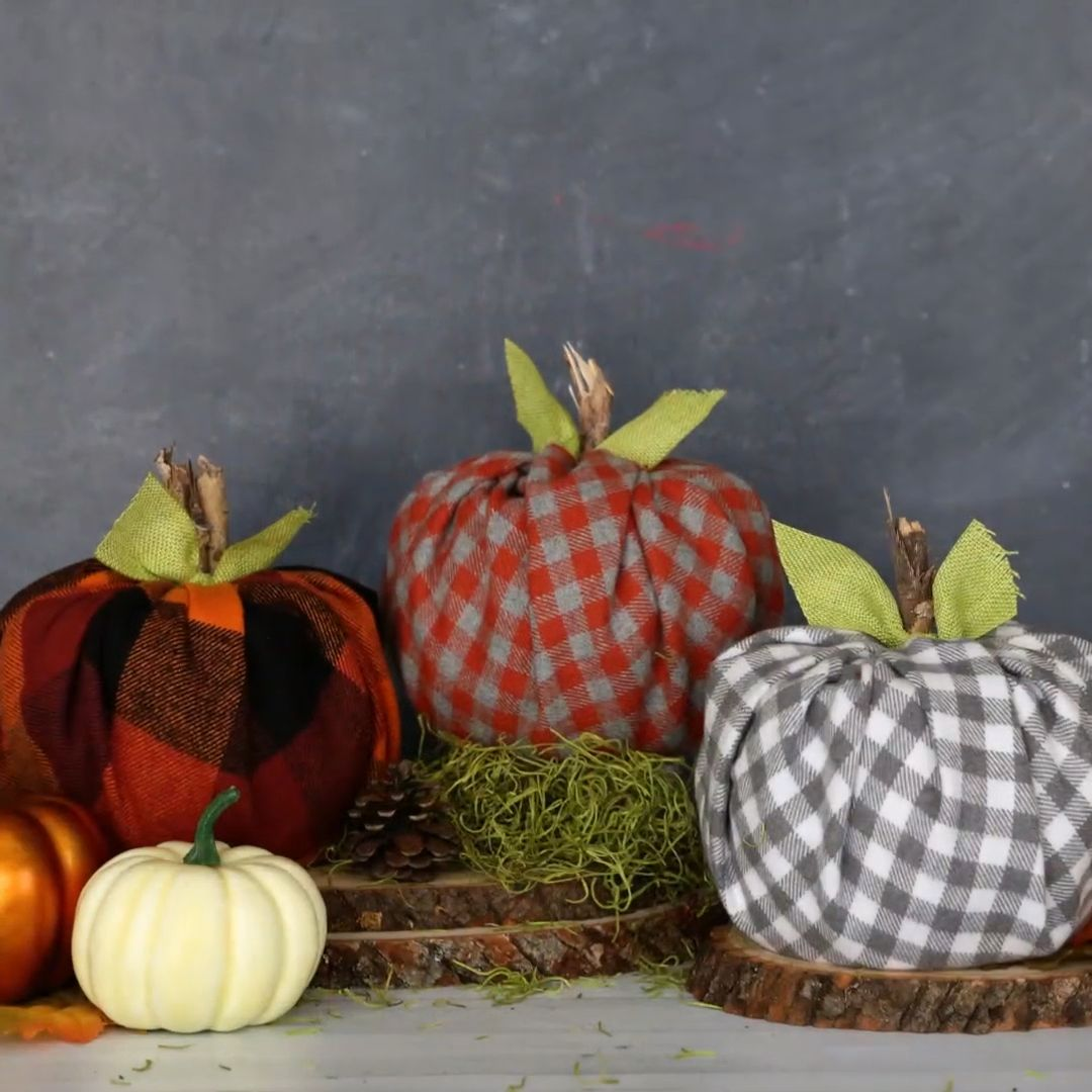 How to make cute plaid pumpkins using toilet paper rolls