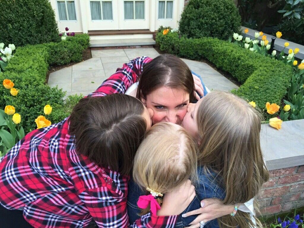 Stephanie McMahon & Her Daughters | Triple H & Stephanie ... Triple H Murphy Claire Levesque