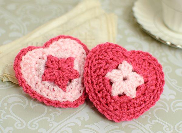 Crochet Heart Sachet Pattern   Gehäkelte herzen, Häkeln und ...
