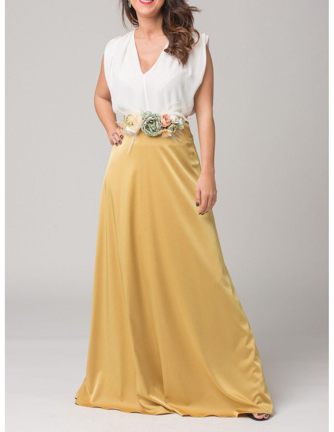 7d1e5c0dfe Falda Balbina - Falda larga de raso en color mostaza. Cierre con cremallera  invisible trasera