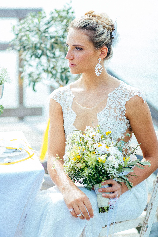 Pin Auf Greenery Wedding Plus Lace Ideas