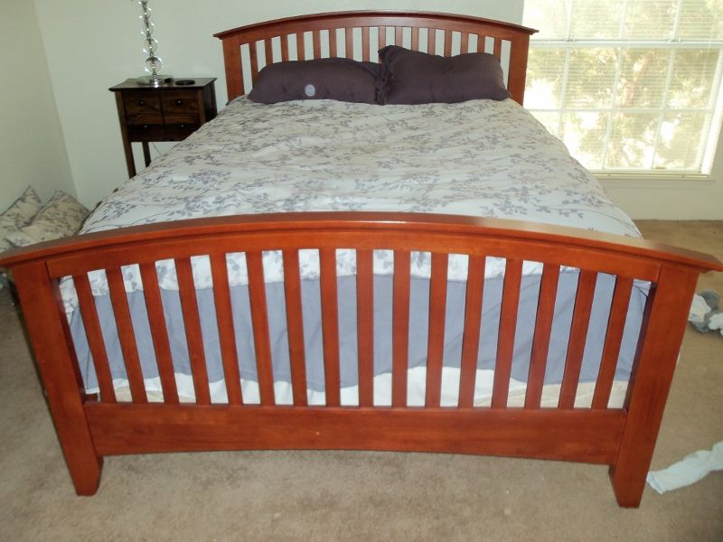 Best Queen Bed Frame Mission Style In Moving Sale 78741 S 400 x 300