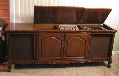 Vintage 1967 Fisher Executive Stereo Console w/ Turntable Radio ...