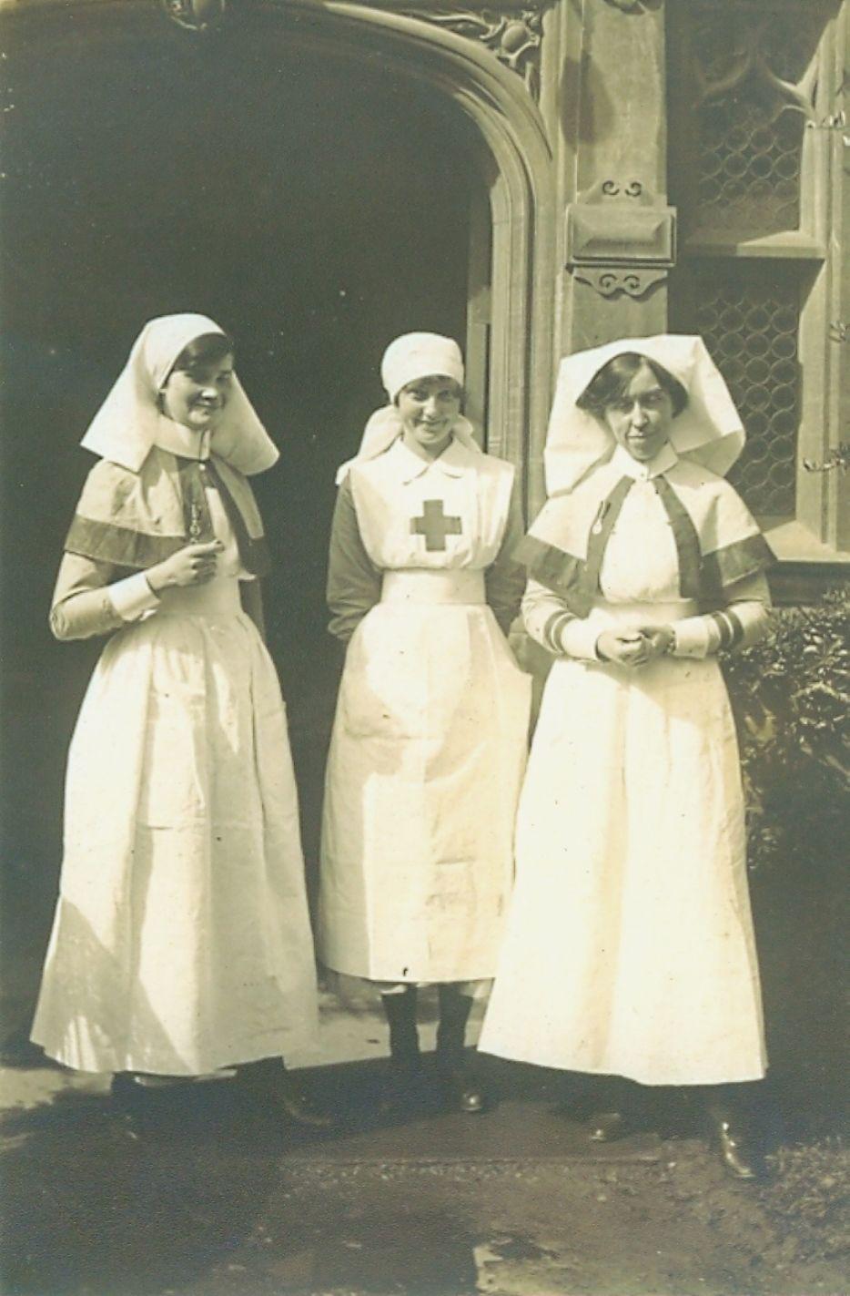 Women in Uniform in World War Two   Glamourdaze
