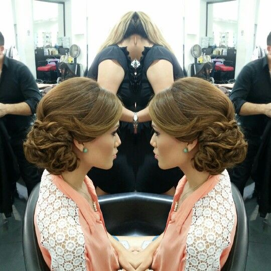 #hair #cabello #updo #recogido #axelupdo #axelrecogido #braid #trenza #axelbraid #axeltrenza #hairstylist #estilista #peluquero #Panama #pty #pty507 #picoftheday #mirrorphoto #multiplaza #axel04