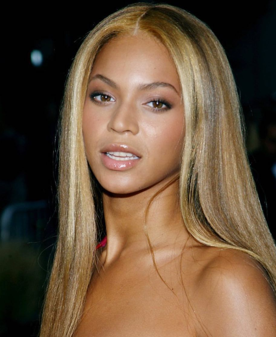 5 595 Likes 39 Comments Urban World Circa 90s 00s Hiphopurbanpop On Instagram Beyonce Beyonce Hair Beyonce Blonde Hair Beyonce Hair Color