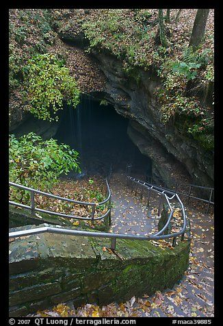 Steps Leading Down Into The Longest Known Cave In The World Mammoth Cave Np Kentucky
