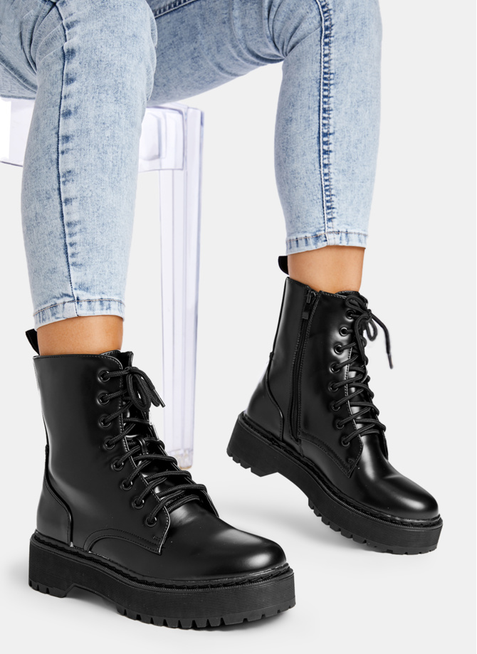 Czarne Trapery Call You Out W Sklepie Deezee Pl Boots Dr Martens Boots Fashion