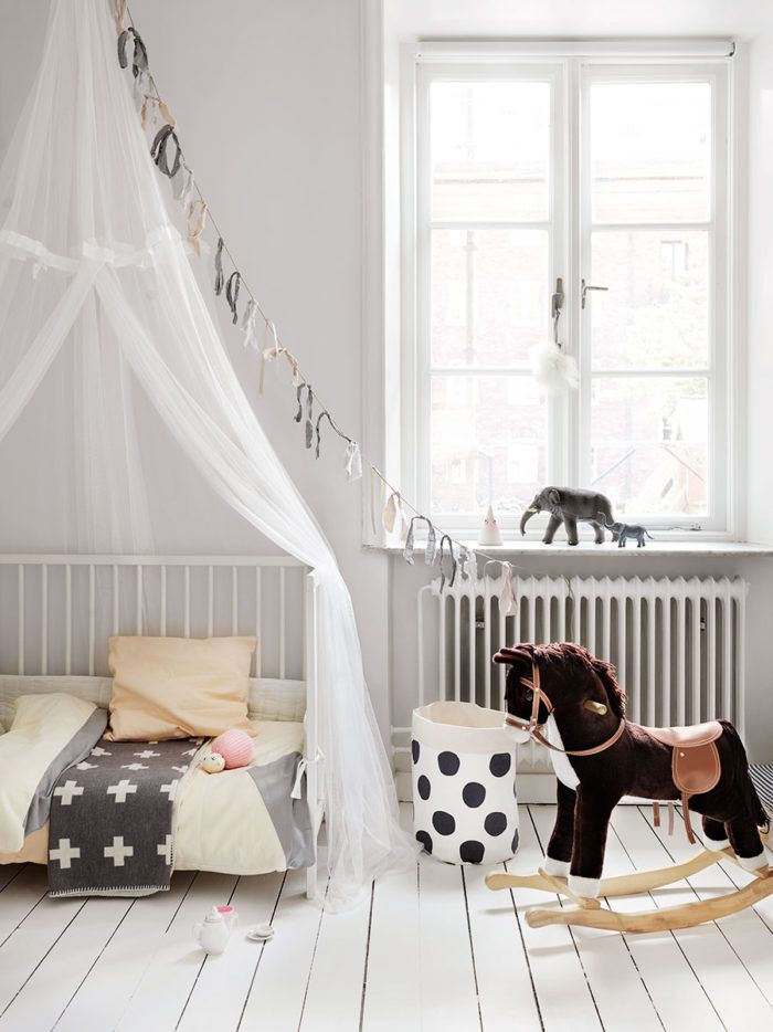 barnrum_childrens_room_sang_bed_ELE_Decoration_Foto_Petra_Bindel