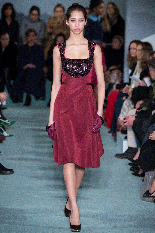 Oscar de la Renta Fall 2016 Ready-to-Wear Collection Photos - Vogue