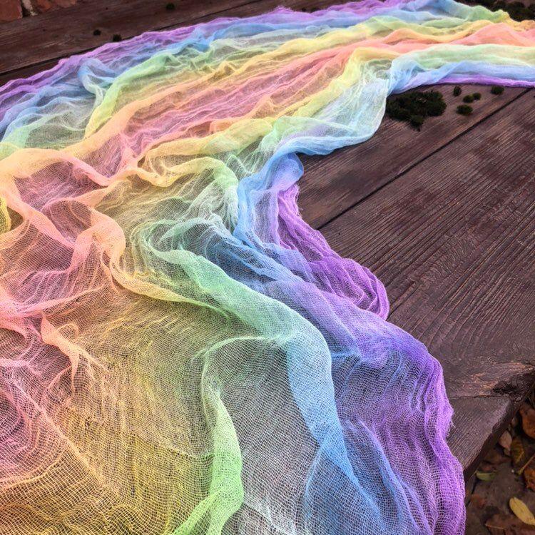 Gaze Tischläufer Rainbow Herzstück Cheesecloth Tischläufer Zeremonie Gangdekor Rainbow Tischläufer Hochzeit Gangdekor Rainbow   – Wedding Ideas
