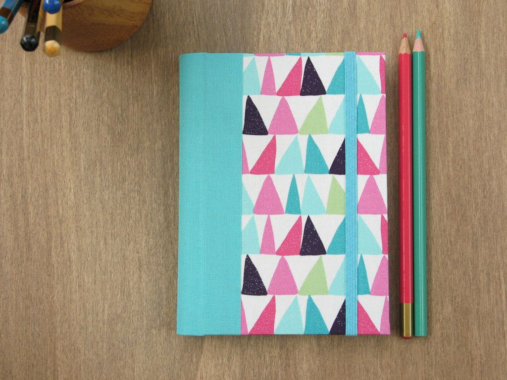 2016 Weekly Planner with Turquoise and Pink Triangles cover - A6 // Small - 4 3/8 x 6 1/4 inches size